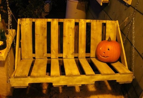 DIY Halloween Swing Decor