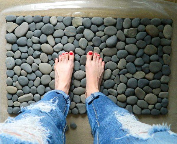 DIY Easy Stone Doormat