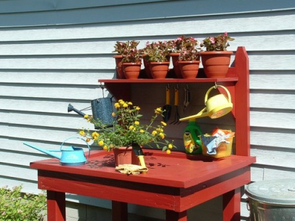 wood red potting bench