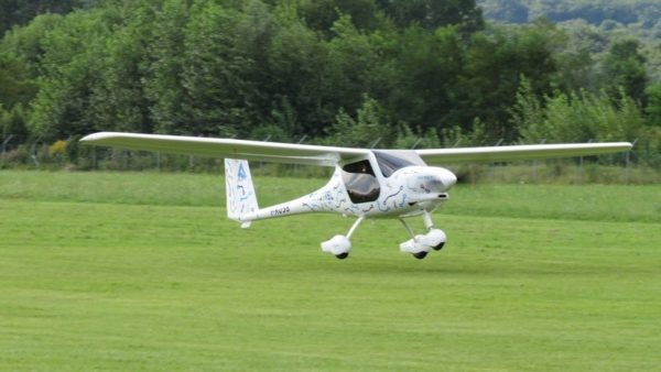 battery-powered electric plane test flight