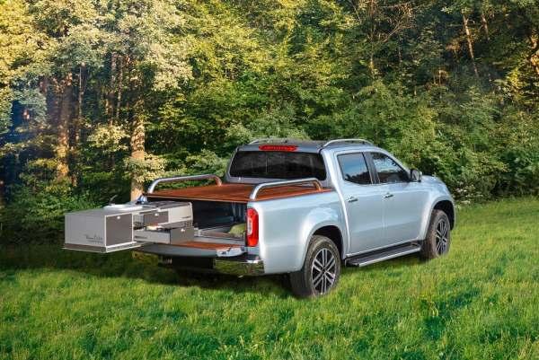 mercedes off-road camper