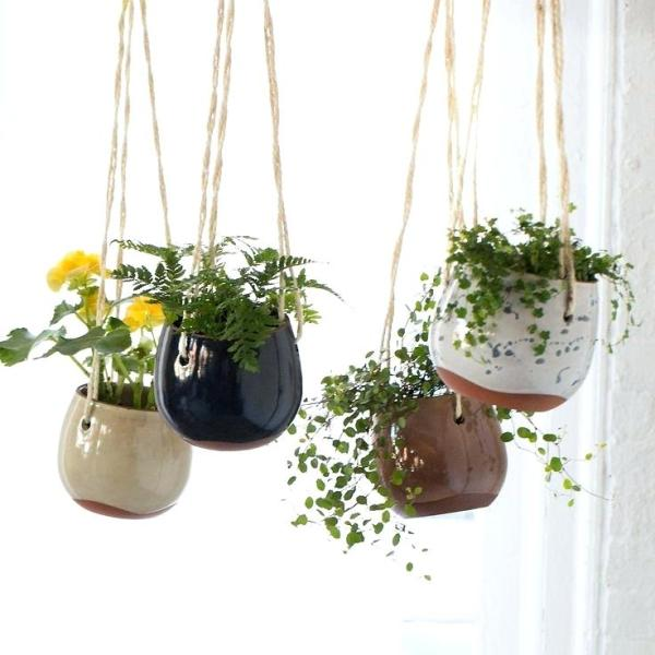 how to decor with clay pots