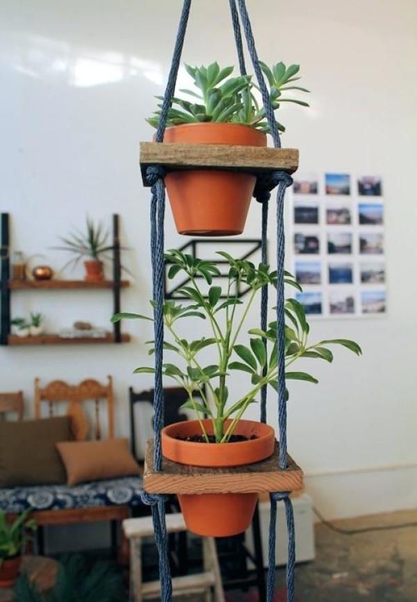 DIY garden clay pot decor