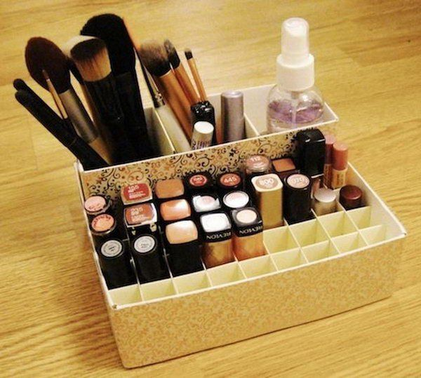 DIY Makeup Holder Craft