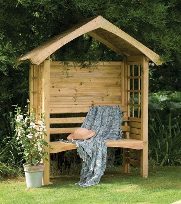 wooden pallet shed