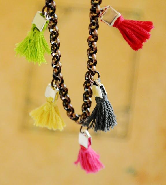 Tiny Tassel Bracelet-DIY