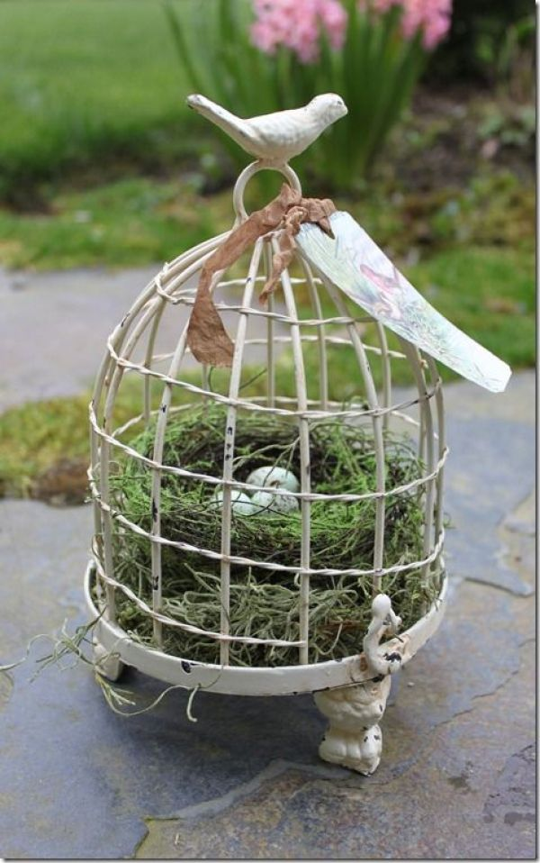 DECORATING WITH BIRD NEST