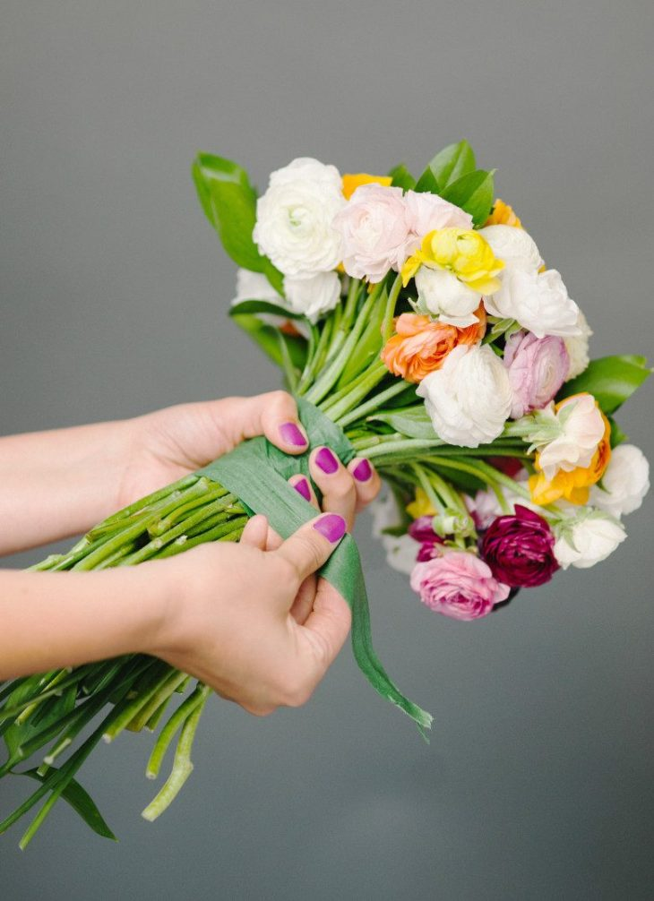 Prepare Wedding Bouquet Step by Step