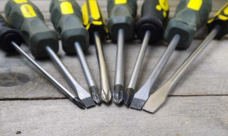 screwdrivers-main-types-and-sizes