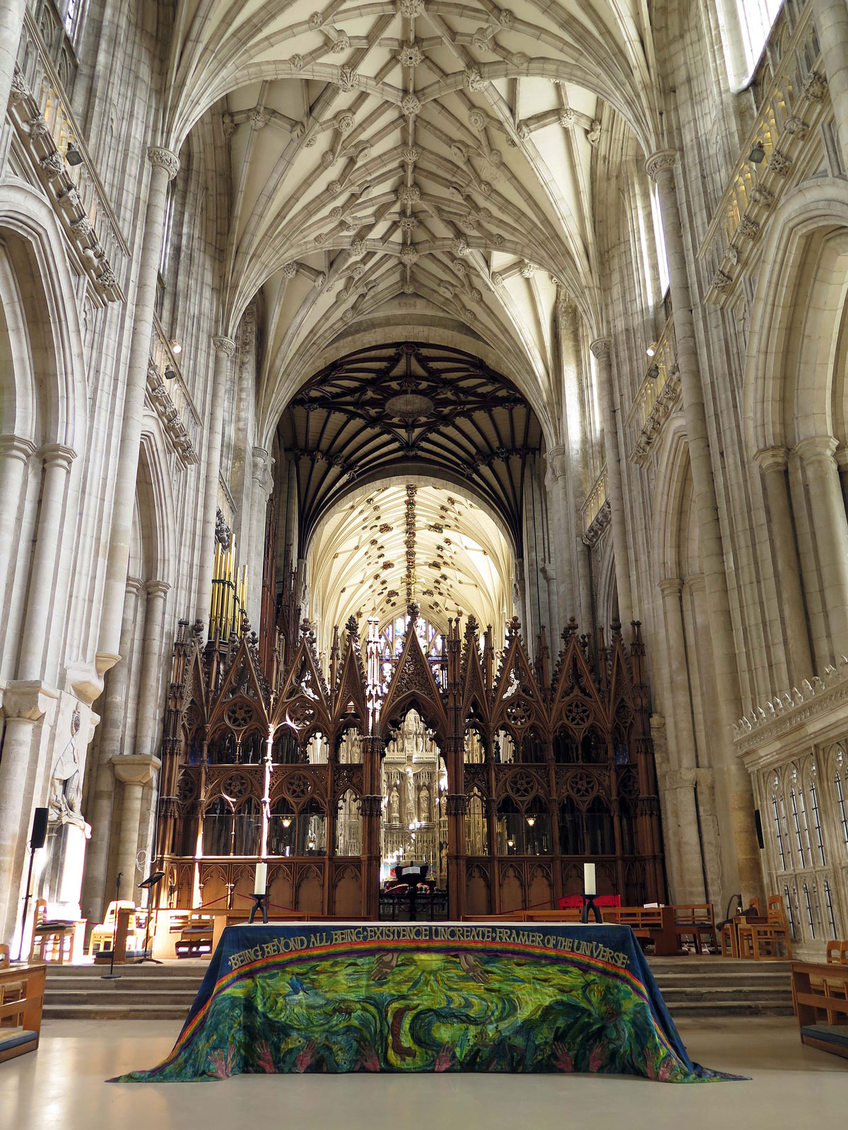 The Nave Altar and Choir Screen
