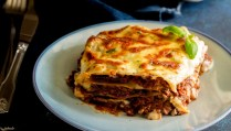 This Classic Lasagna is made with a traditional ragu bolognese and a creamy Béchamel sauce. This lasagna is full of flavor, layers of lasgana noodles, a rich beef and tomato sauce and a creamy cheese sauce. From Sprinkles and Sprouts.