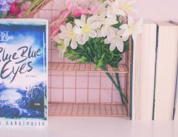 blue blue eyes von Alice Gabathuler