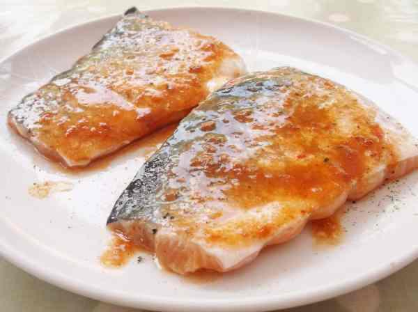 Salmon in Harissa Marinade