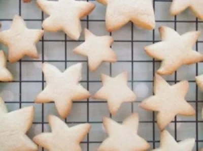 Easy Peasy Christmas Star Biscuits 2