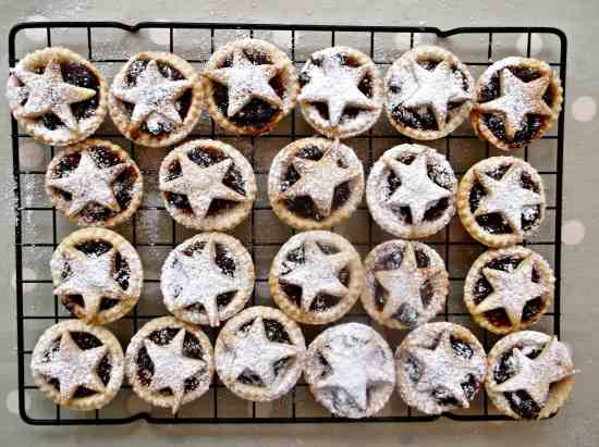 Easy Peasy Mini Mince Pies 1a
