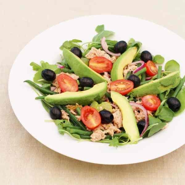 Sirtfood Tuna Nicoise Salad