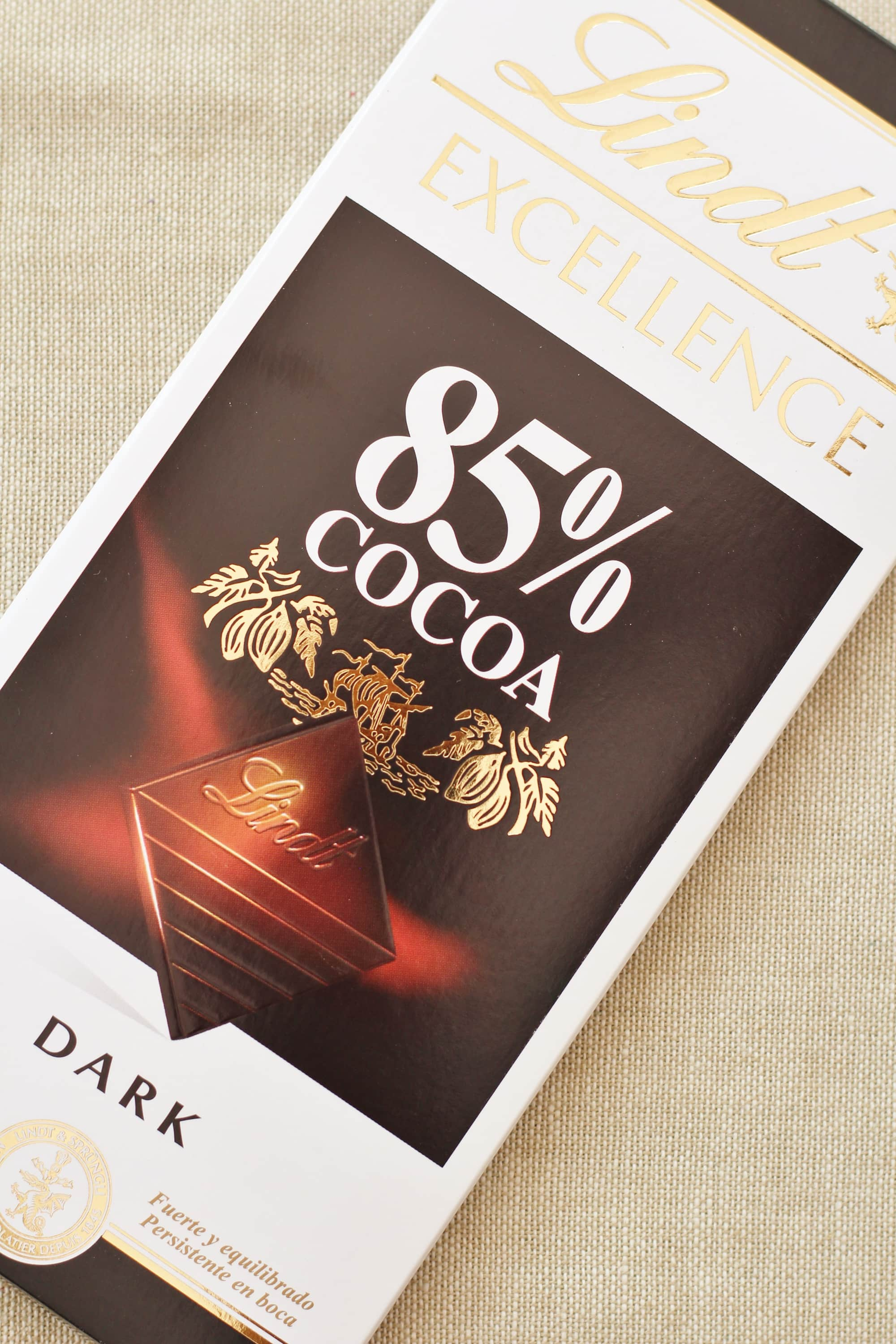 What is the sirtfood diet and does it really work part 2 easy lindt 85 dark chocolate for the sirtfood diet forumfinder Choice Image