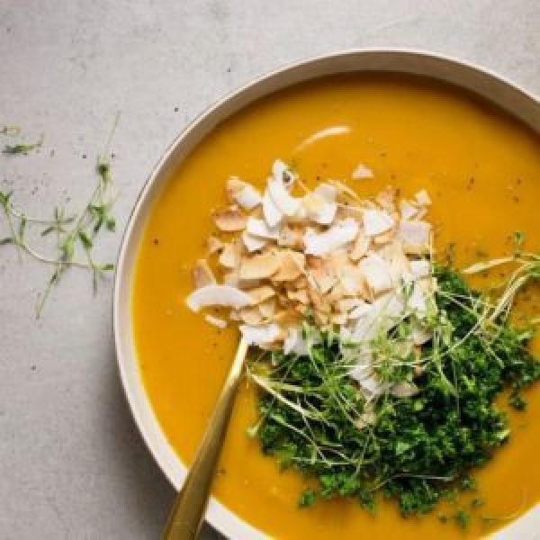 Carrot, Ginger and Cauliflower Soup with Spiced Coconut Bacon