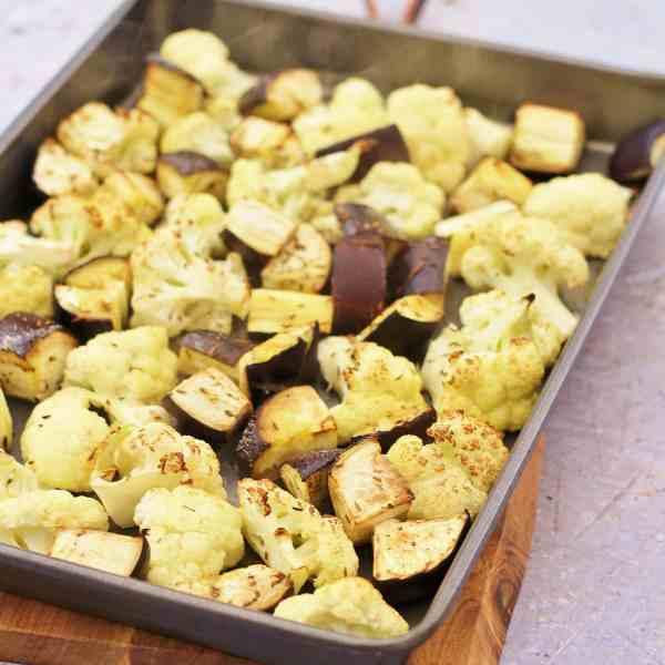 Easy Vegetable Korma (Vegan)
