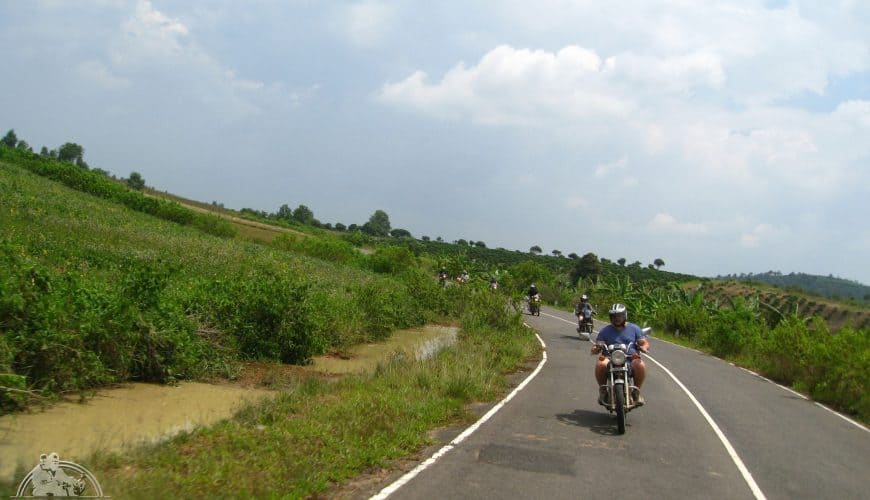 Ride the country road, Easy Riders Vietnam