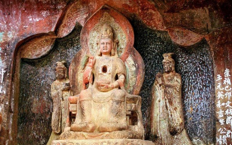 Rock caves on Shibaoshan Mountain Jianchuan