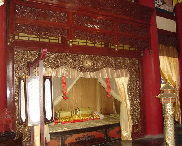Bedroom in Ancient TimesZhuhai New Yuanming Palace Travel