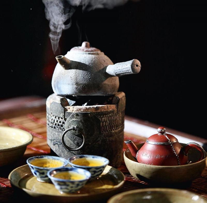 Making Chinese tea