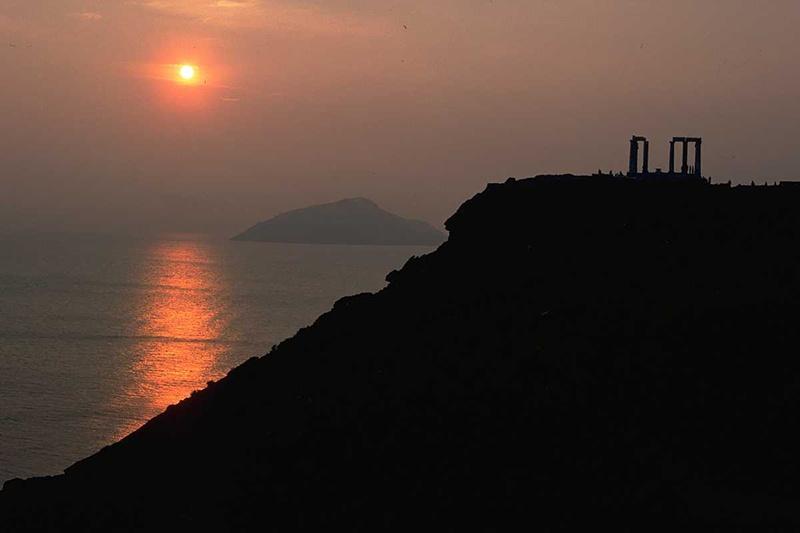 Cape_Sounion_Sunset