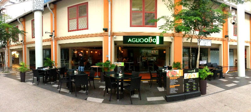Alfresco Dining at Aglio Olio in China Square Cenral (Singapore)