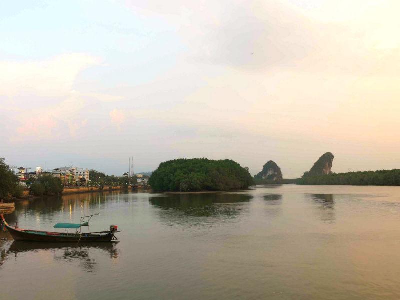 Krabi mountains Khao Kanab Nam