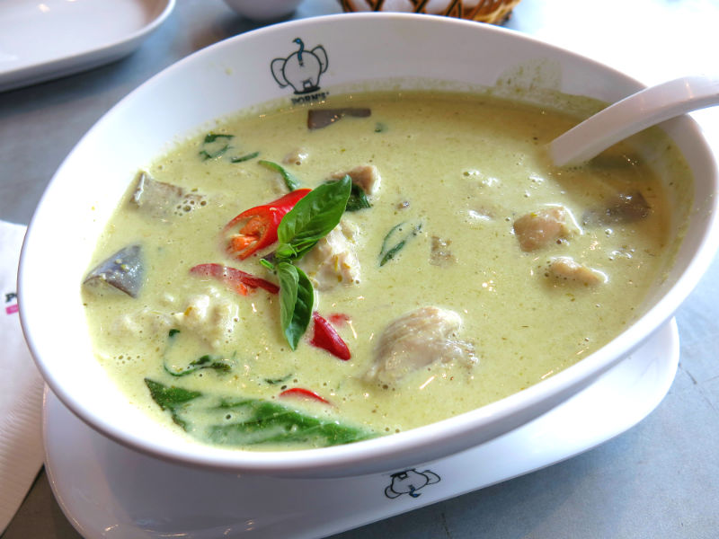 Porn's Thai Green Curry Chicken