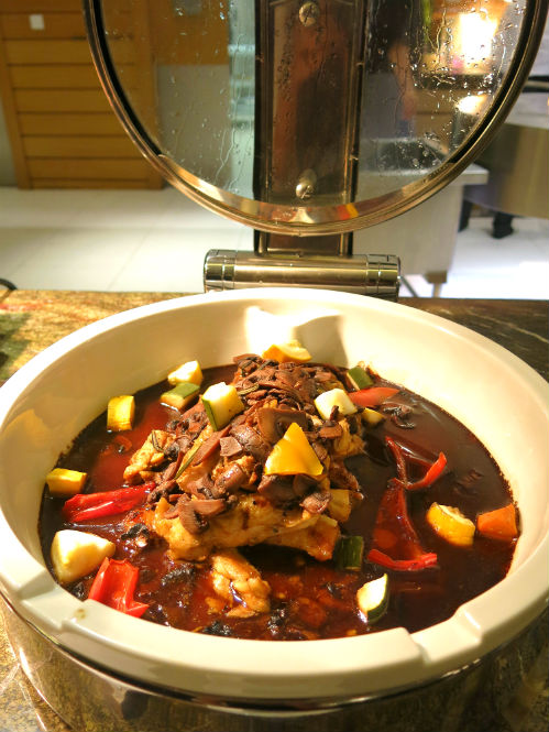 Seasonal Tastes Chicken with Mushroom Ragout