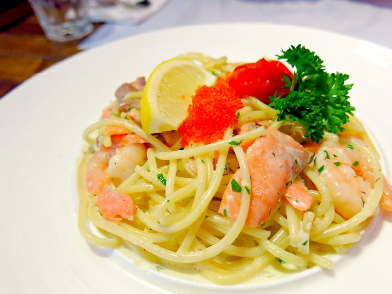 Mr Nice Cafe Shanghai Smoked Salmon Shrimp Spaghetti