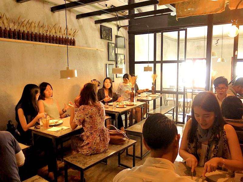 Stateland Cafe Singapore Interior