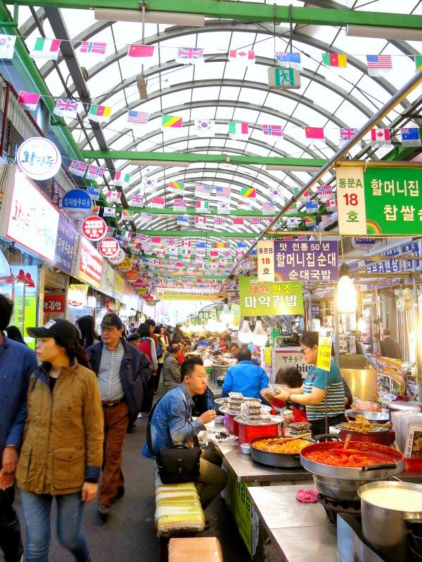 6 Best Foods To Eat At Gwangjang Market Seoul