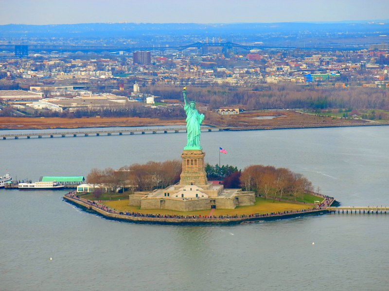 Helicopter Tour of New York City – A Fantastic Way to See NYC Landmarks!