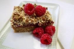 Gesunde Snacks: Himbeer-Chia-Streuselkuchen