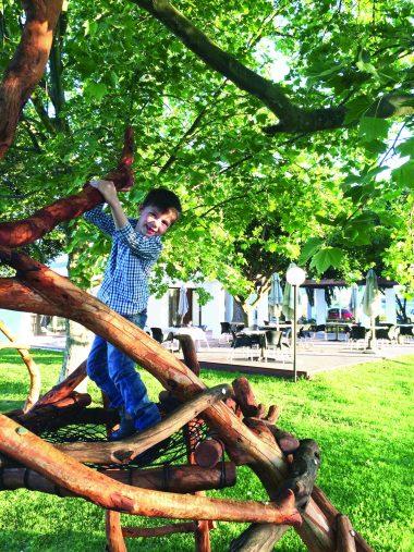 easter sunday family fun stellenbosch vineyards sonia cabano blog eatdrinkcapetown