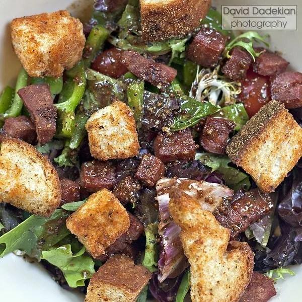 "salad with mortadella ""lardons"""