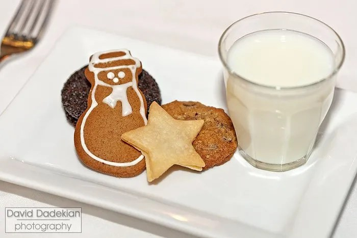 Milk & Cookies with choice of milk, chocolate milk or hot cocoa