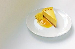Mango Ginger Cheesecake