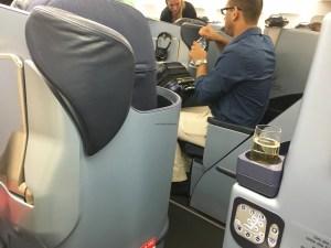 air-berlin-business-class-a330-200-ab-7495-auh-txl_window-seat-gap-01