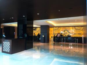 Hotel Review JW Marriott Marquis Dubai: Reception