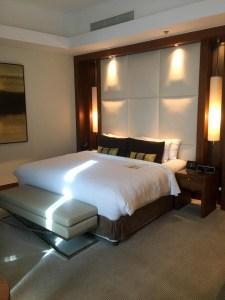 Hotel Review JW Marriott Marquis Dubai: Bedroom 3