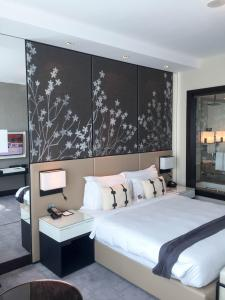 Steigenberger Hotel Dubai Review_bedroom 6