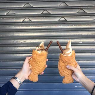 台中一中街鯛魚燒霜淇淋。巨無霸鯛魚燒霜淇淋