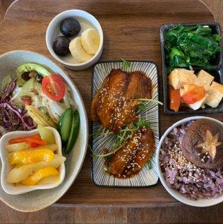 大采廚房|台中便當店新選擇,少鹽、少油無味精的健康料理