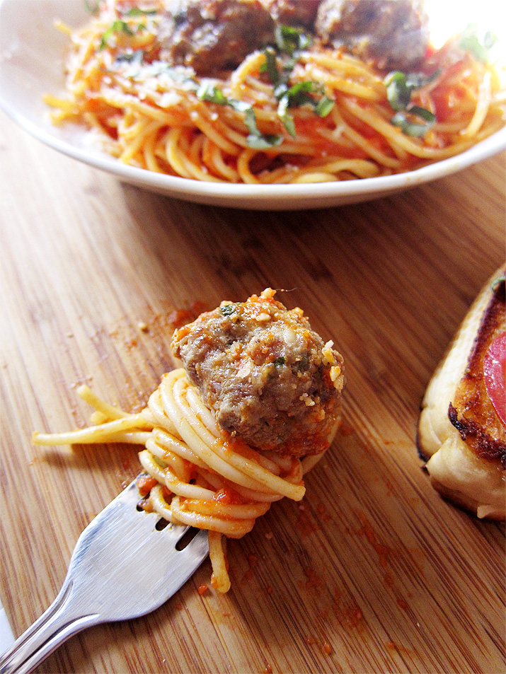 Spaghetti and Roasted Garlic Meatballs