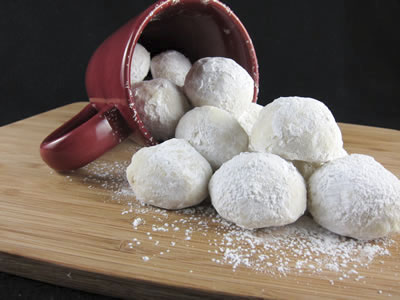 Russian Snowballs or Mexican Wedding Cookies