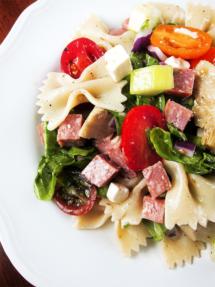 Greek Pasta Salad   www.EatLaughPurr.com